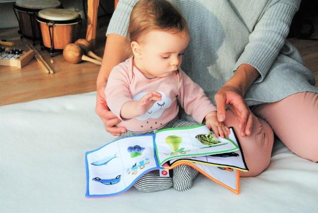 Przy fenyloketonurii restrykcyjne przestrzeganie diety o niskiej zawartości fenyloalaniny pozwala uniknąć opóźnienia umysłowego dzieci