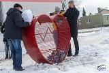 Zgierz: pojemnik w kształcie serca pomoże budować hospicjum