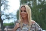 """Agnieszka Włodarczyk niczym Sabrina Salerno w teledysku """"Boys, boys, boys"""" ZDJĘCIA 11.05.2021"""