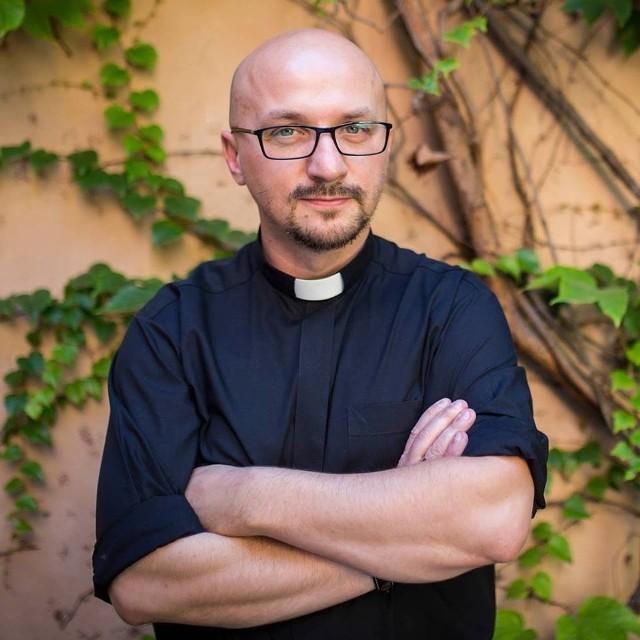 Ojciec Grzegorz Kramer.
