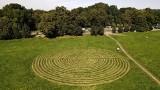 Tajemnicze kręgi pojawiły się na krakowskich Błoniach! Kto je stworzył? ZDJĘCIA
