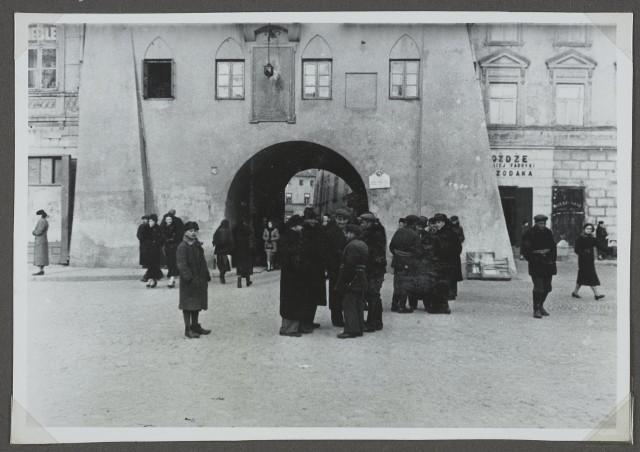 Lublin, Brama Krakowska, dolna część Bramy