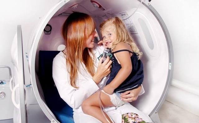 Szukasz dobrego pediatry dla swojego dziecka? Na kolejnych slajdach znajdziesz nazwiska, adresy i ceny usług lekarzy z Poznania, którzy mają najwięcej pozytywnych ocen w serwisie ZnanyLekarz.pl. Zobacz lekarzy, którzy mają jeszcze więcej pozytywnych ocen ---->