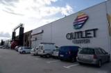 Ul. Narodowych Sił Zbrojnych. Outlet Center i Kurier Poranny organizują samochodowe kino letnie