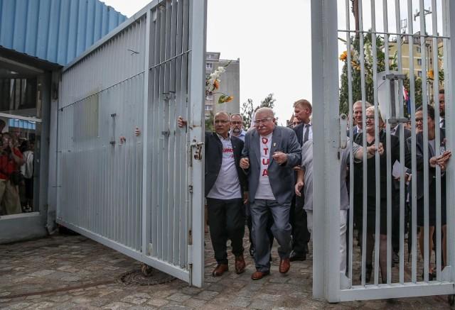 """Zdjęcie nominowane do Grand Press Photo 2020. """"Lech Wałęsa podczas obchodów 39. rocznicy podpisania gdańskich porozumień sierpniowych"""""""