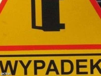 Dyżurny bytowskiej komendy odebrał zgłoszenie o wypadku na drodze Wygoda – Półczno.