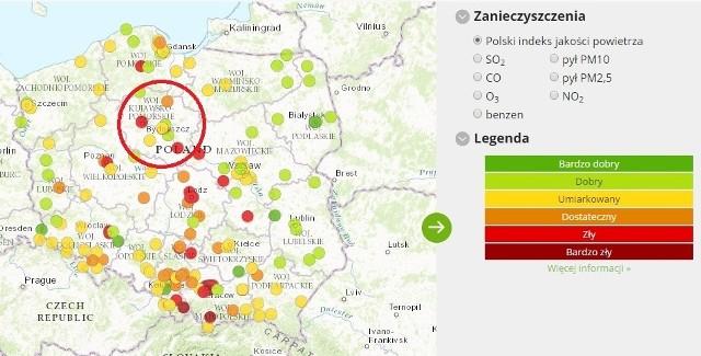 Ocenę jakości powietrza w Polsce na bieżąco publikuje na swojej stronie internetowej Główny Inspektorat Ochrony Środowiska. Aktualnie najwyższy poziom zanieczyszczeń w Kujawsko-Pomorskiem odnotowano w Bydgoszczy, Toruniu i Włocławku. A jak sytuacja wygląda w innych miastach regionu?Kliknij strzałkę w prawo na zdjęciu lub na klawiaturze, by poznać poziom zanieczyszczenia powietrza w poszczególnych miastach.Dane pochodzą ze strony internetowej http://powietrze.gios.gov.pl, z dnia 29.01.2017, godz. od 17:00 do 18:00________________________________________________________________________________________________________________________________________________________________________