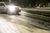 IMGW ostrzega: intensywne opady śniegu i oblodzenie w województwie śląskim. Na drogach będzie niebezpiecznie!