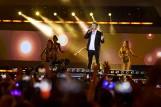 """Zenek Martyniuk w kabarecie! Parodia króla disco polo """"Zenonian Rhapsody"""" przez Kabaret Skeczów Męczących"""
