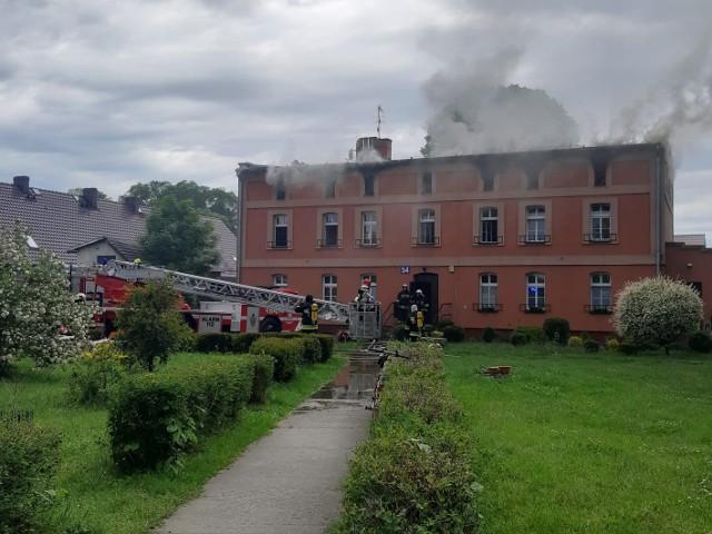 Pożar budynku w Wierzbicy Dolnej w gminie Wołczyn.