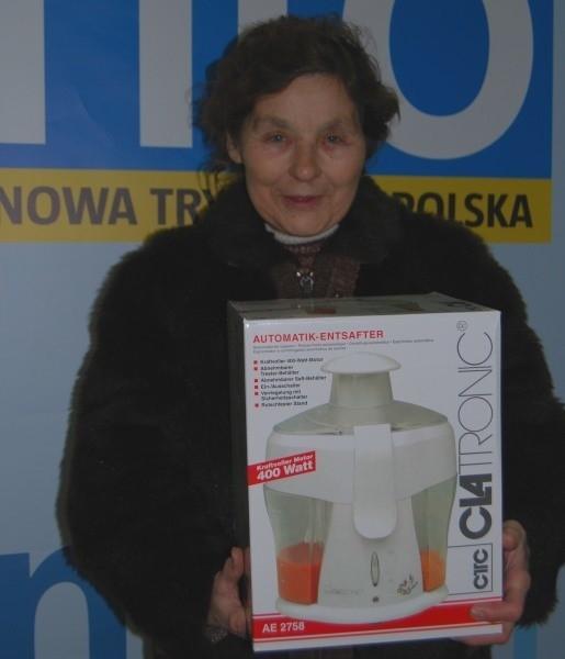 Irena Jarzębowska z Brzegu lubi robić domowe przetwory. Sokowirówka ułatwi jej pracę.