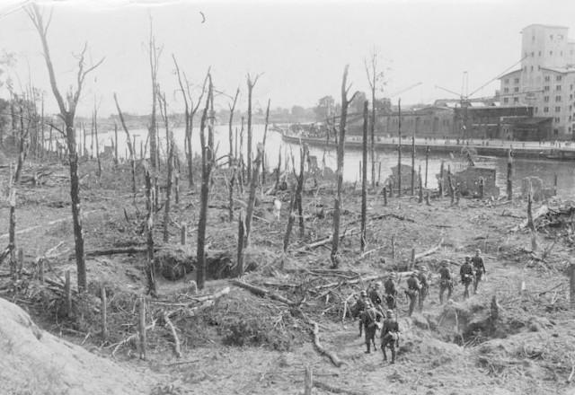 Westerplatte po zakończeniu walk, 9 września 1939.