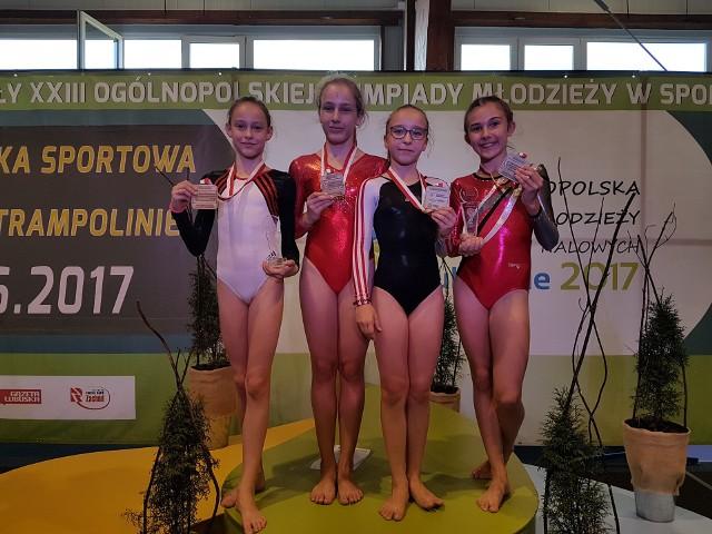 Weronika Lesik wygrała w starszej grupie przed Nikolą Sykulską.