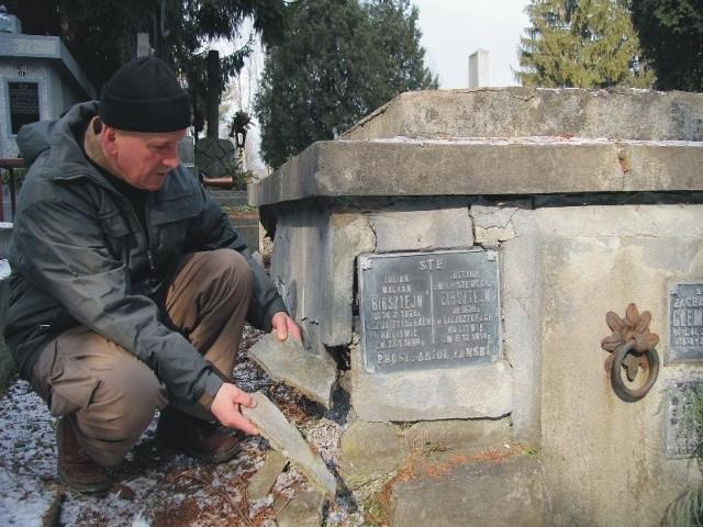 Janusz Motyka przez dwa lata mozolnie poszukiwał zapomnianych powstańców styczniowych.