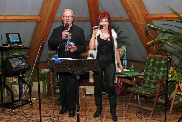 Edmund Otremba i Teresa Chodyna często koncertowali m.in. w piramidzie solankowej. 13 września zaśpiewają w teatrze.