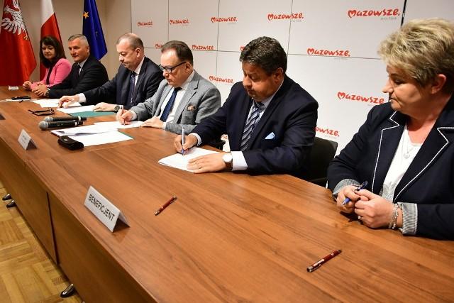 Policzna, Klwów oraz Skaryszew mogą liczyć na wsparcie samorządu województwa w usuwaniu zniszczeń spowodowanych przez letnie nawałnice.