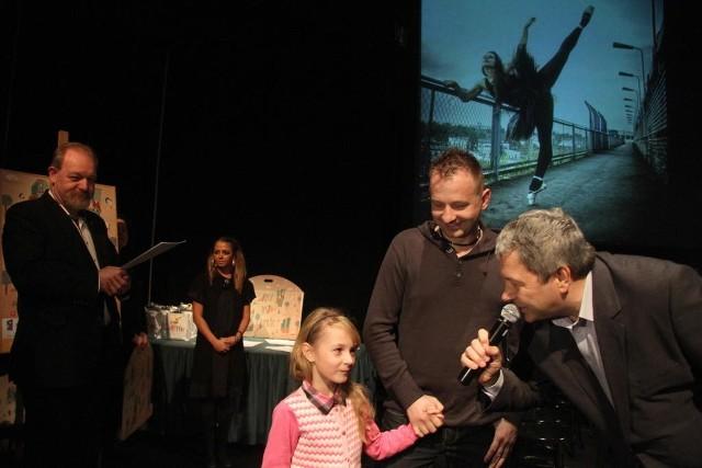 Mała Nikola była na zdjęciu zdobiącym KCK przez cały rok, w kolejnym roku na KCK będzie wisieć zwycięskie zdjęcie zrobione przez tatę Zbigniewa Zalewskiego.