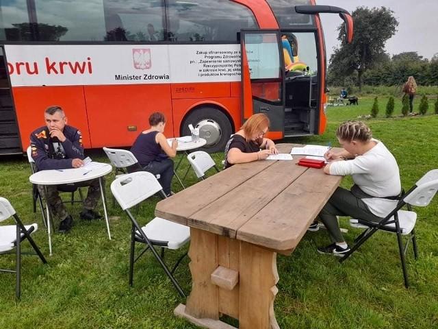 Podczas kilkugodzinnego pikniku  na placu rekreacyjnym w Wygodzie można było oddać honorowo krew, zarejestrować jako dawca szpiku.