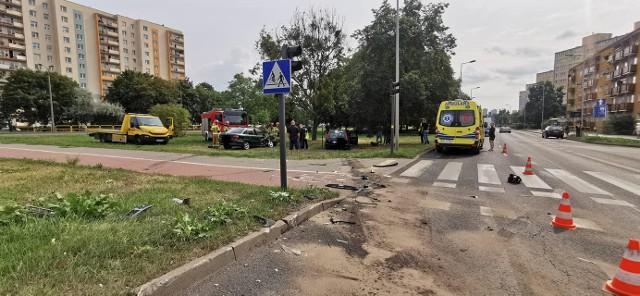 Do wypadku na rondzie Skrzetuskim doszło, gdy ruch sterowany był światłami.