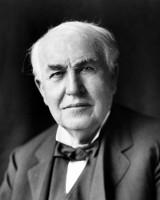Kartka z kalendarza. 135 lat temu Thomas Edison wynalazł... lampki na choinkę