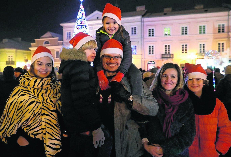 Z jakich ulg i zniżek mogą skorzystać seniorzy   Polska Times