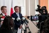 """Ziobro promował we Wrocławiu syna Beaty Kempy. """"Skromny. Mógł mieć lepsze miejsce na liście, ale nie chciał"""""""