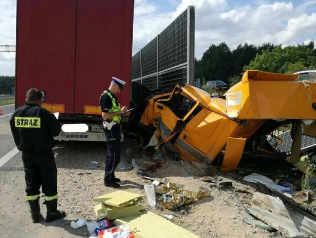 Na drodze krajowej numer 8 w miejscowości Jeżewo Stare doszło do poważnego wypadku. Policja otrzymała zgłoszenie około godziny 12.15.