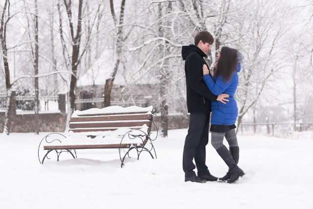 Gdzie zakochanym najlepiej? Jeśli są razem, wszędzie im dobrze. Dziś 14 lutego przypada ich święto. A że pogoda piękna, warto wybrać się na spacer we dwoje. We Wrocławiu nie brakuje miejsc na romantyczny spacer. Idealne miejsca dla zakochanych zobaczycie na kolejnych slajdach.