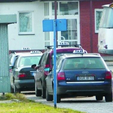 Już za rok kolejka taksówek na postoju przy dworcu PKS będzie dłuższa o pięć samochodów