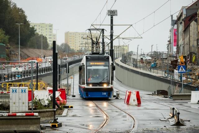Regularne kursy tramwajów wzdłuż ul. Kujawskiej rozpoczną się 6 grudnia.
