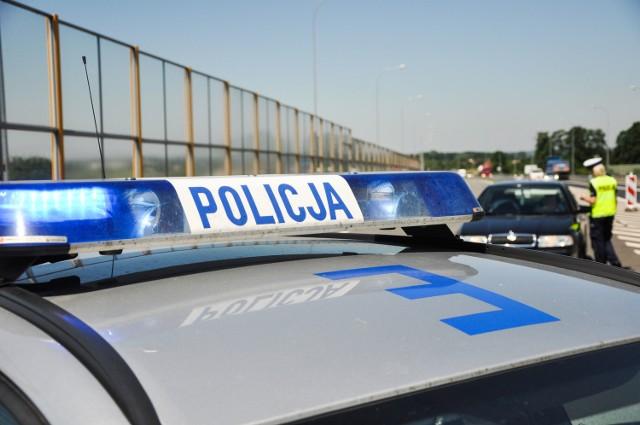 Majowy weekend jest dla policjantów czasem intensywnej pracy. Na ulicach jest sporo patroli.
