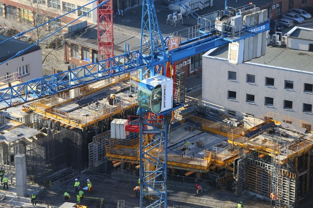 Global Office Park w Katowicach. Tak powstaja trzy wieże. Będą gigantyczne.Zobacz kolejne zdjęcia. Przesuwaj zdjęcia w prawo - naciśnij strzałkę lub przycisk NASTĘPNE
