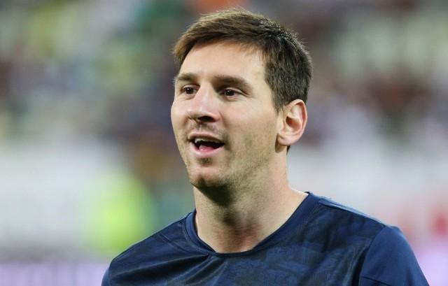 Leo Messi i jego koledzy mają bardzo trudne zadanie. Muszą odrobić 4-bramkową stratę z Paryża