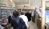 Karta Dużej Rodziny przestanie działać w aptekach? Komu zależy na tym by wielodzietne rodziny nie korzystały z tańszych zakupów?