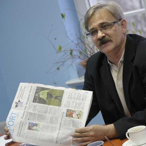 Podczas wczorajszego posiedzenia szef OZPN-u Marek Procyszyn pokazywał nasze teksty, w których opisaliśmy skandal na boisku.