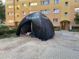 Nieznane substancje chemiczne na poznańskim Grunwaldzie. Mieszkańcy zaniepokojeni