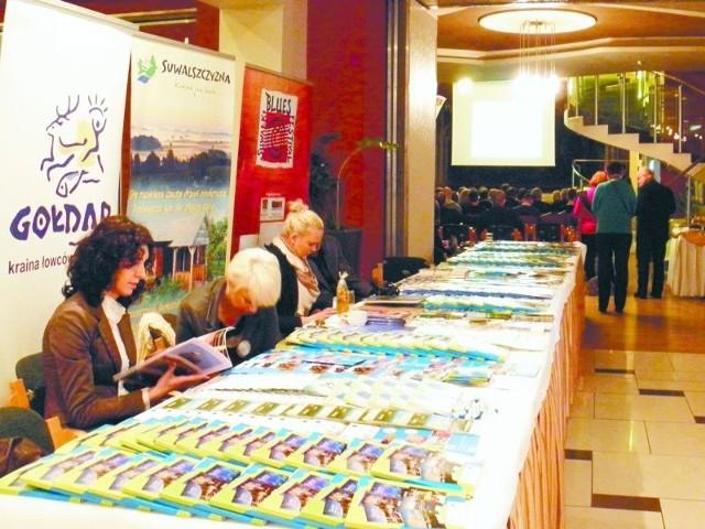 Na konferencji każdy z pięciu regionów zaprezentował swoje materiały promocyjne.