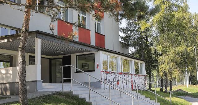 Szkoła Mistrzostwa Sportowego ma obecnie siedzibę przy ulicy Wielickiej w Krakowie