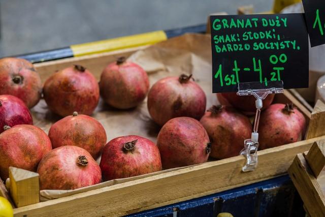 Granaty nie cieszą sie u nas wielką popularnością. Czy słusznie?Liczne właściwości zdrowotne i lecznicze granatów to wystarczający powód do tego, by częściej korzystać z dobrodziejstwa tych owoców.