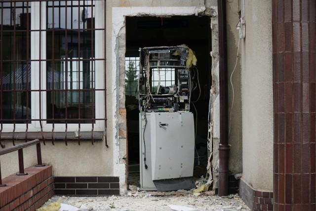 W nocy z czwartku na piątek (23/24 września) wysadzono bankomat w Grabowie nad Prosną, w powiecie ostrzeszowskim.