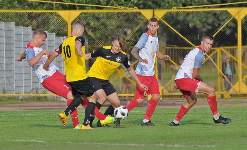 Trzecioligowcy z Koszalina zagrają mecze na swoich boiskach.