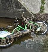 Zielona Góra. Wstyd! Znów niszczą miejskie rowery! Czytelnicy zgłaszają kolejne przypadki wandalizmu