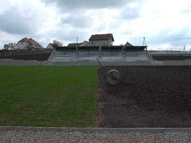 To profesjonalny kompleks sportowy. Na dwóch hektarach powierzchni będą się znajdowały trzy boiska.