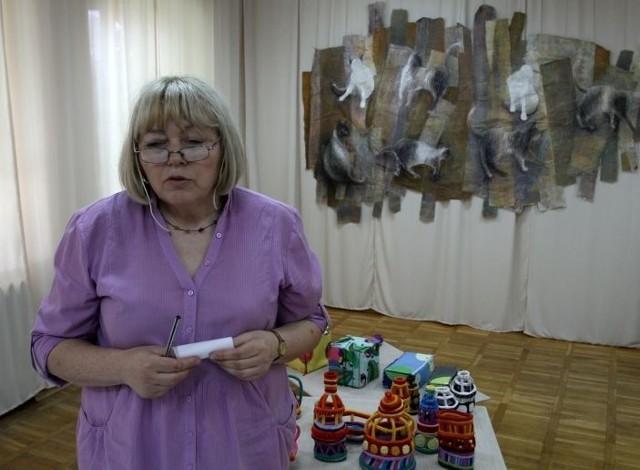 Maria Karpińska wystawi w Supraślu siedem tkanin uczniów swojej szkoły