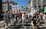 Wrocław: Protest zespołu Teatru Polskiego. Nie chcą Morawskiego na dyrektora (ZDJĘCIA)