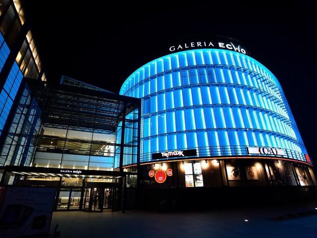 Galeria Echo w Kielcach zmienia barwy. Tym razem w geście jedności z chorymi na nowotwory ginekologiczne