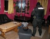 Ochraniali dom publiczny w Kisielnicy. Czterej gangsterzy zatrzymani (zdjęcia)