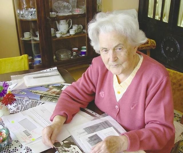 """Irena Tomaszewska ma 91 lat. W czasie wojny była łączniczką AK o pseudonimie """"Sarna"""". Po wojnie wychowywała dzieci, a następnie pracowała jako księgowa."""