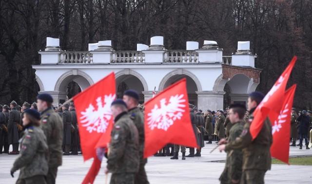 Sejmik województwa wielkopolskiego przygotował stanowisko dotyczące inicjatywy uczczenia rocznicy Powstania Wielkopolskiego świętem państwowym. Radni przyjęli je jednogłośnie. Dzień 27 grudnia może być świętem, jednak nie będzie dniem wolnym od pracy.