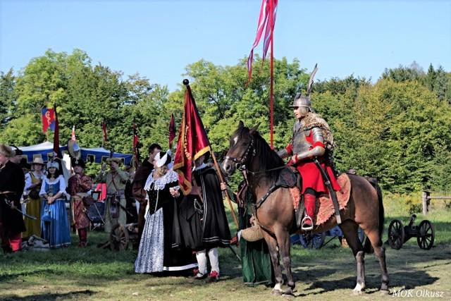 Jednym z wydarzeń tego weekendu będą niedzielne zmagania rycerzy pod zamkiem w Rabsztynie, ale wartych polecenia imprez jest więcej